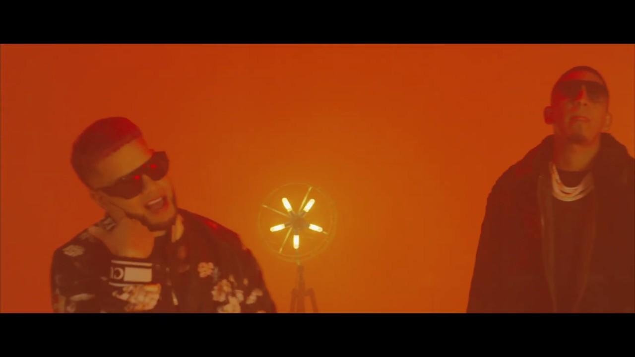 Casper Magico & Pusho - Me Pichea (Video Oficial)