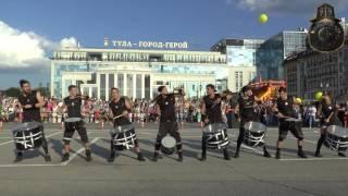 """Шоу барабанщиков «Brincadeira» (Испания). Открытие """"Театрального дворика"""""""