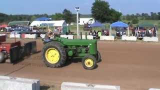 John Deere 80 Tractor Pull 8,500 lbs. West Bloomfield 2013
