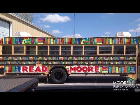 Read Moore Book Bus