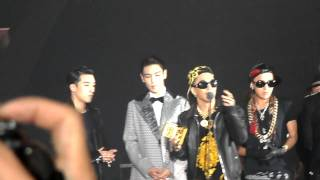 [Fancam] 301112 Big Bang Artist of the year Award @ MAMA 2012 in HK (HD)