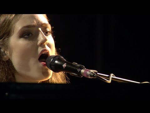 Heitere Open Air 2014, Birdy: PEOPLE HELP THE PEOPLE