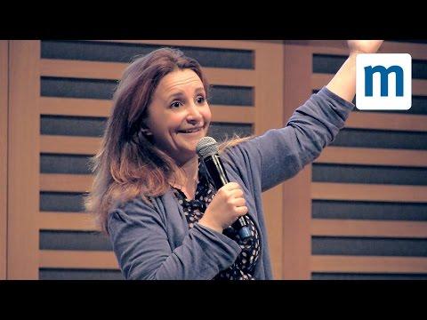 Lucy Porter's laugh-out-loud keynote – Blogfest 2014