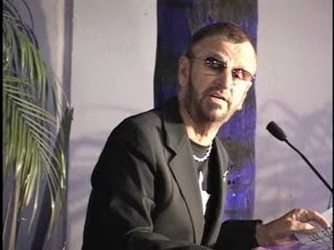 RINGO STARR gives funny speech accepting star on Hollywood ...