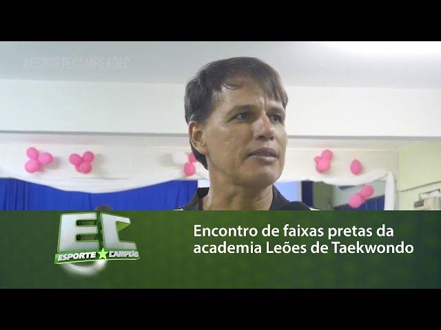 Encontro de faixas pretas da academia Leões de Taekwondo