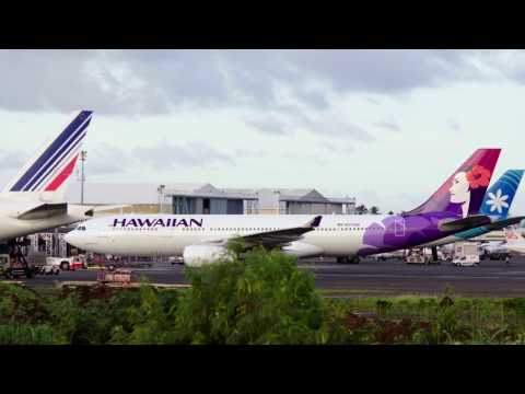 Hawaiian Airlines (N373HA). Takeoff NTAA (Tahiti) to HNL (Hawaï). 06:33AM. 02/04/2017