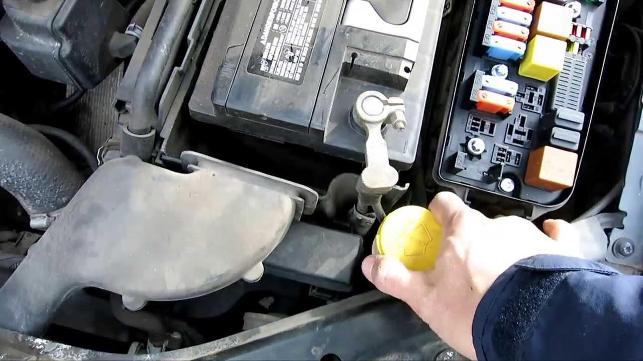 saab 9-3 93 headlight low beam light bulb replacement sylvania h7 - 2003 -  youtube