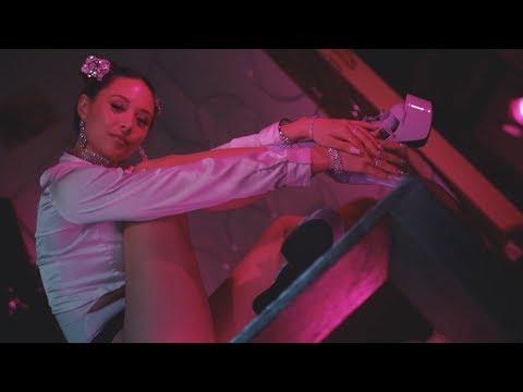 No Rings | 7 Rings Ariana Grande Parody | Aja Dang