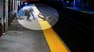 Man falls on train tracks during robbery