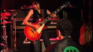 2011年7月、ニューヨーク(B.B.King Blues Club)でのライブです。