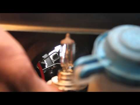 Changing Headlight Bulbs H7 On A Hyundai Sonata Doovi
