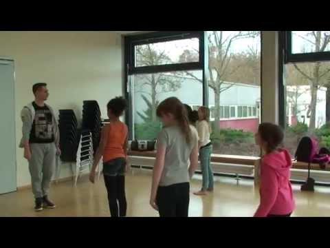 Dance at FIS