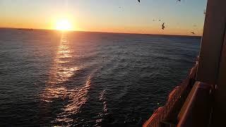 Круизное путешествие в открытом море. Хоть раз испытать надо / Видео