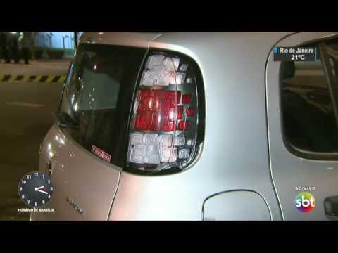 Motorista é assassinado a facadas durante briga em São Paulo - SBT Notícias (02/08/17)