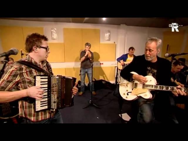 Live Uit Lloyd - Rowwen Hèze - Nar Boave
