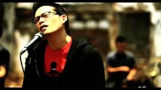 "ADRIAN MARTADINATA ""KUINGIN KAU TAU"" OFFICIAL MV"