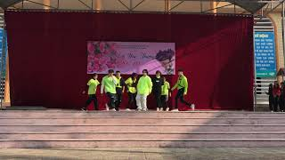 Miroh-Straykid dance cover by CNVR-THPT chuyên Lê Quí Đôn-Điện Biên