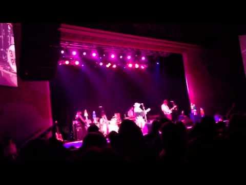 Dwight Yoakam- Little Sister- Horseshoe Casino Tunica- 11-2