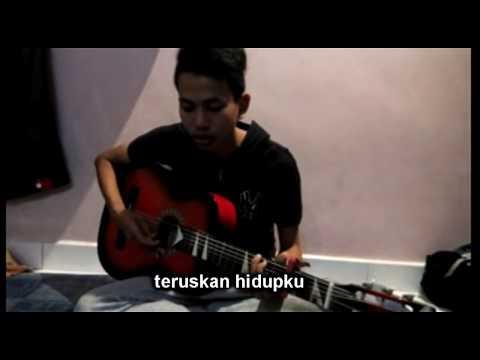 Viral Lagu Sedih 2018 :: Perpisahan Ini - Helmi Afie (Original Song)