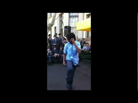 Vish Busking (Popping) in Sydney City for Charity
