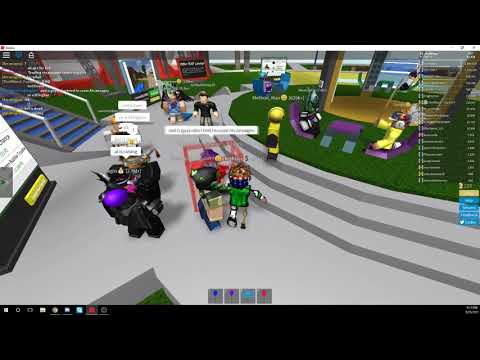 CATCHING SCAMMERS :Roblox intern tries to SCAM me