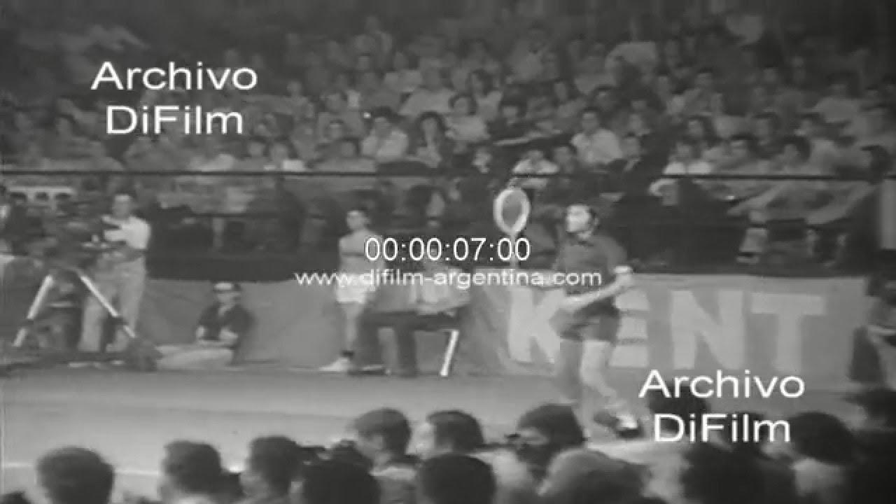 """Di Guillermo Vilas vs Ilie Nastase Trofeo """"El Grafico"""