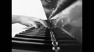 Запах клубники/на пианине