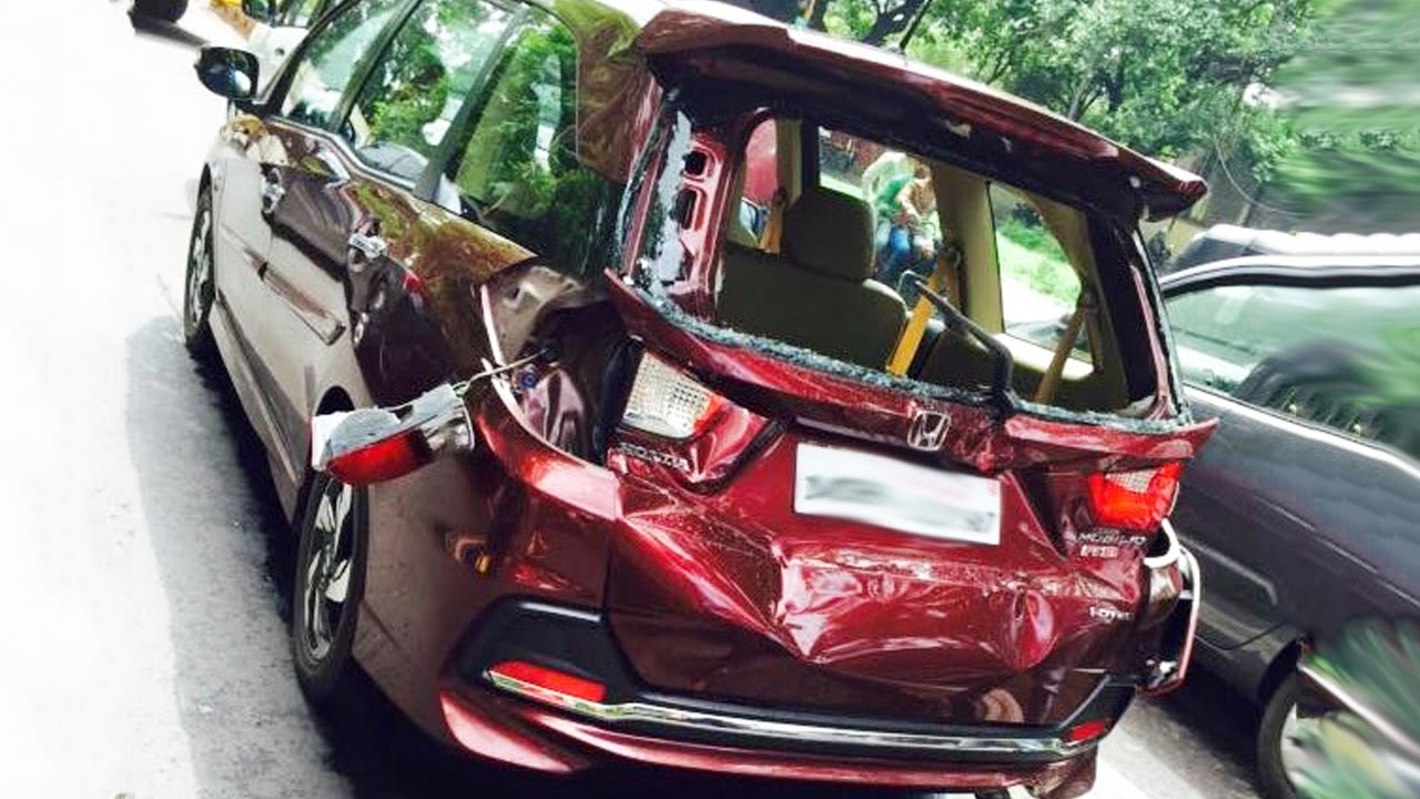 2018 honda jazz india. contemporary jazz latest car accident of honda mobilio in india  road crash compilation  2016 2017 2018 with honda jazz india