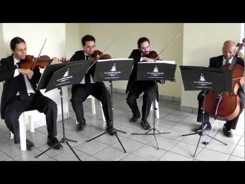 Grupo Musical A Camerata - Champagne Supernova, Oasis