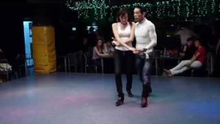 Видео: Мастеркласс - бачата Чино (Куба) Удар http-//www.krasnyugolok.ru/