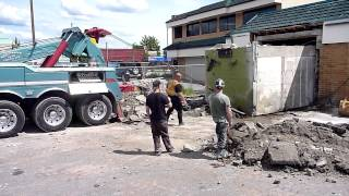 Download The Big Pull - Bank Vault Demolition Mp3 and Videos