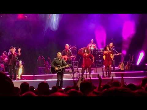 Neil Diamond- Cherry, Cherry- Live- United Center- Chicago- 5/28/17