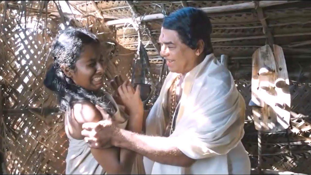 "Download ""മിഴി തുറക്കൂ"" എന്ന ചിത്രത്തിലെ ഒരു രംഗം   Mizhi Thurakku Movie Scene  "