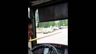 Тамабаев на вокзале забирает трафарет(Заместитель начальника управления пассажирского транспорта Астаны Тамабаев А. К. забирает трафарет на..., 2015-07-11T05:45:50.000Z)