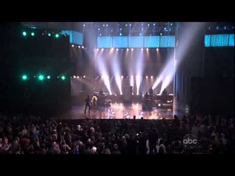 Music Awards 2011 Live Performances Maroon 5 - Moves Like Jagger ft. Christina Aguilera