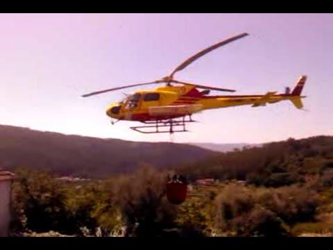 Helicóptero combate incendio em Arouca.