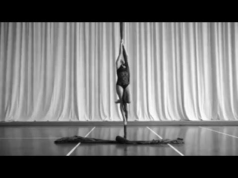 Estelle Courivaud - Aerial Silk - Dec. 2015