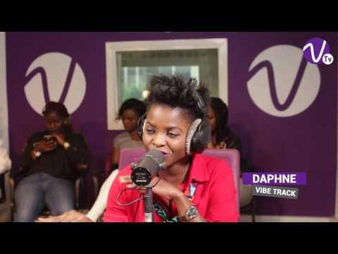 FREESTYLE de la chanteuse Daphne - Calée à Vibe Radio Côte d'Ivoire