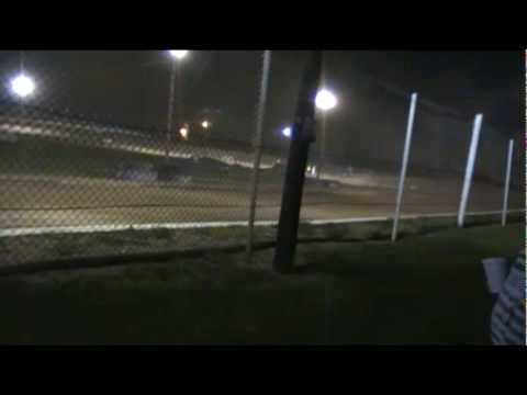 LAKEVILLE SPEEDWAY / OOM SHOOTOUT 4-23-10