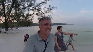 Камбоджа 360. Прогулка по пляжу в поисках еды. Магазины, рестораны, кафе (перезалив 5.7K)