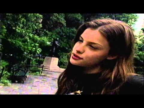 Liv Tyler 1994