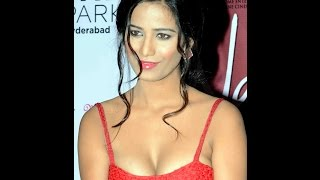Poonam Pandey's Boob Show During Promotion Of Nasha
