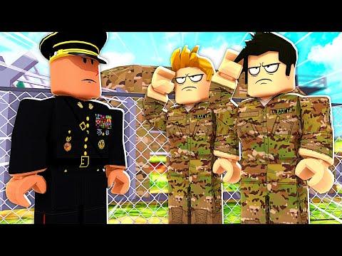 ON PART DANS UNE BASE MILITAIRE ! (Roblox Escape Military)