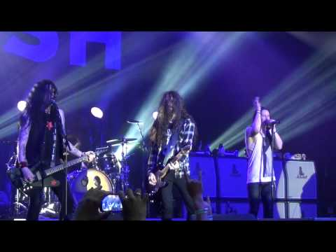 SLASH – Anastasia – Live Brasilia 17/03/2015