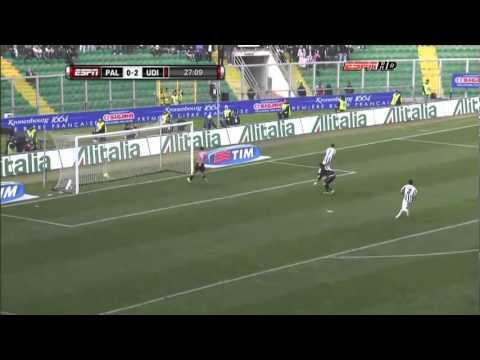 US Palermo vs. Udinese Calcio 0-7 Gol bicicleta de Alexis Sánchez (0-3)