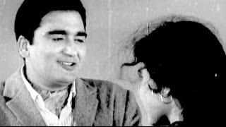 Meena Kumari, Sunil Dutt - Main Chup Rahungi, Scene 2/19