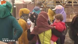 غرفة الأخبارسياسة  مئات السوريين يواصلون هروبهم من الرقة