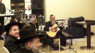 Rabbi Brazil singing at Aish HaTorah