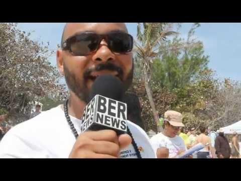 Chewstick's Gavin Smith KiteFest Good Friday Horseshoe Bay Beach Bermuda Apr 6 2012