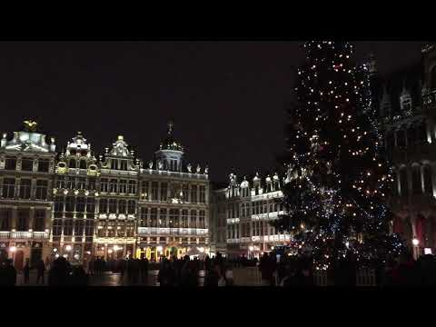 One minute at Grand Place in Brussels